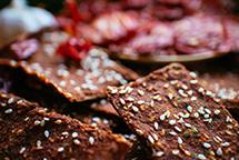 Хлебцы в планетарном миксере RAWMID Luxury RLM-05