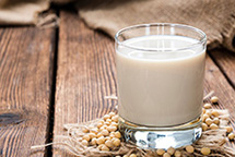 Соевое молоко в планетарном миксере RAWMID Luxury RLM-05