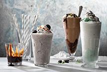 Молочные шоколадные коктейли в блендере Dream Samurai